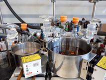 ルテニウム触媒を使って新反応を探しているところ